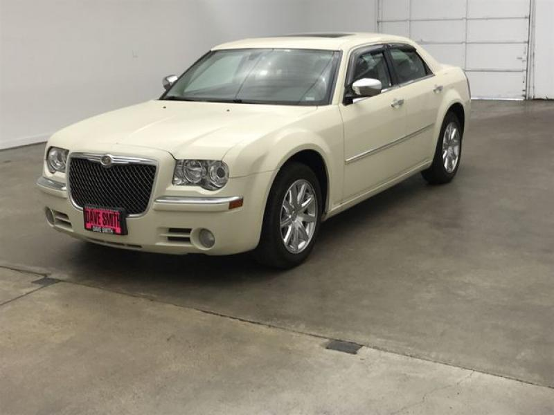 Pre-Owned 2010 Chrysler 300 Limited