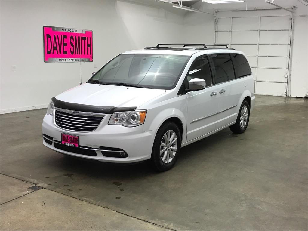 Pre Owned 2016 Chrysler Town Country Limited Platinum