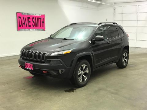 Pre-Owned 2015 Jeep Cherokee Trailhawk Sport