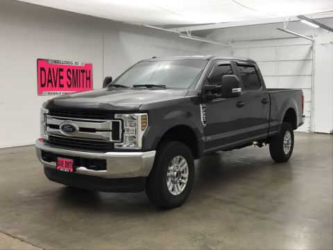 Pre-Owned 2018 Ford F-250 Super Duty STX Crew Cab Short Box