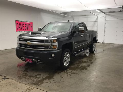 Pre-Owned 2018 Chevrolet Silverado 2500 High Country Crew Cab Short Box