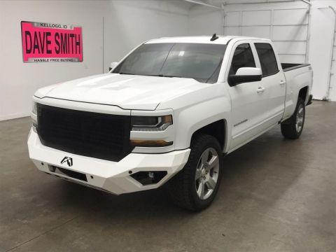 Pre-Owned 2018 Chevrolet Silverado 1500 LT Crew Cab Short Box