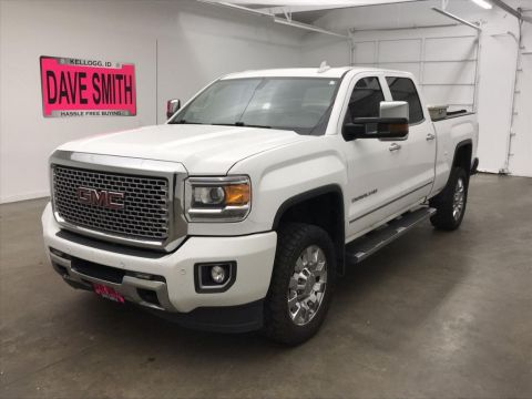 Pre-Owned 2015 GMC Sierra 2500 Denali Crew Cab Short Box