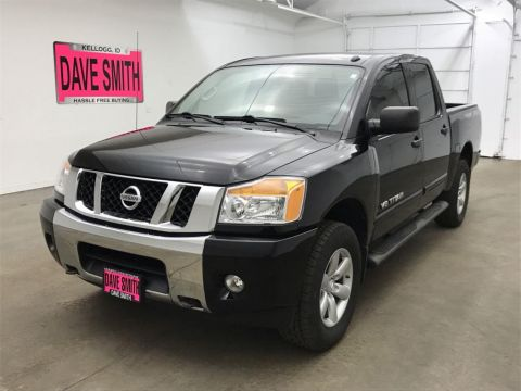 Pre-Owned 2014 Nissan Titan SV Crew Cab Short Box