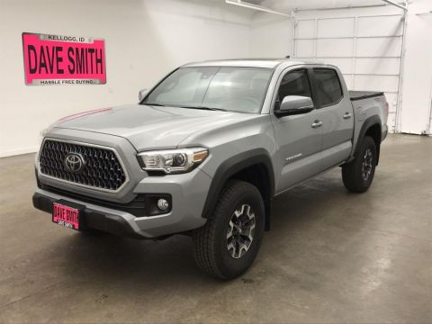 Pre-Owned 2019 Toyota Tacoma Crew Cab Short Box