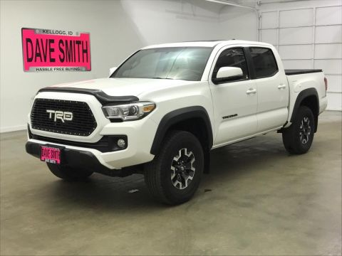 Pre-Owned 2017 Toyota Tacoma TRD Double Cab Short Box