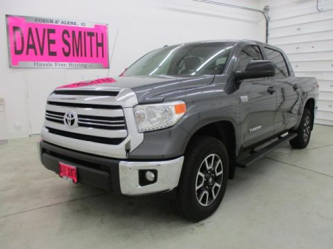 Pre-Owned 2016 Toyota Tundra SR5