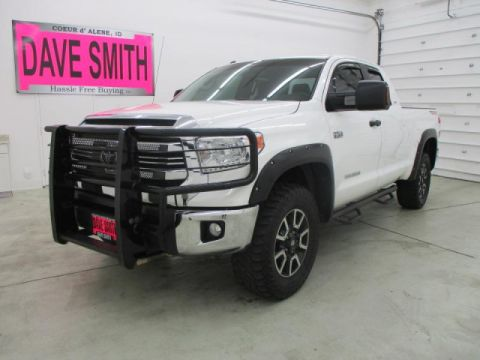 Pre-Owned 2017 Toyota Tundra Double Cab Short Box